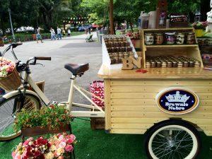 """Dans les """"Food Truck"""", il y a toujours des vélos à fleurs"""